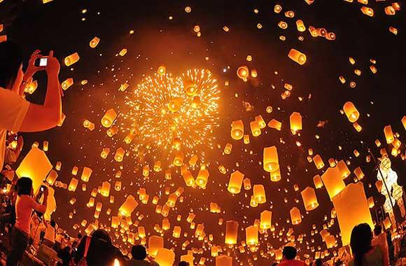 Lantern-Lantern-and-peoplenew